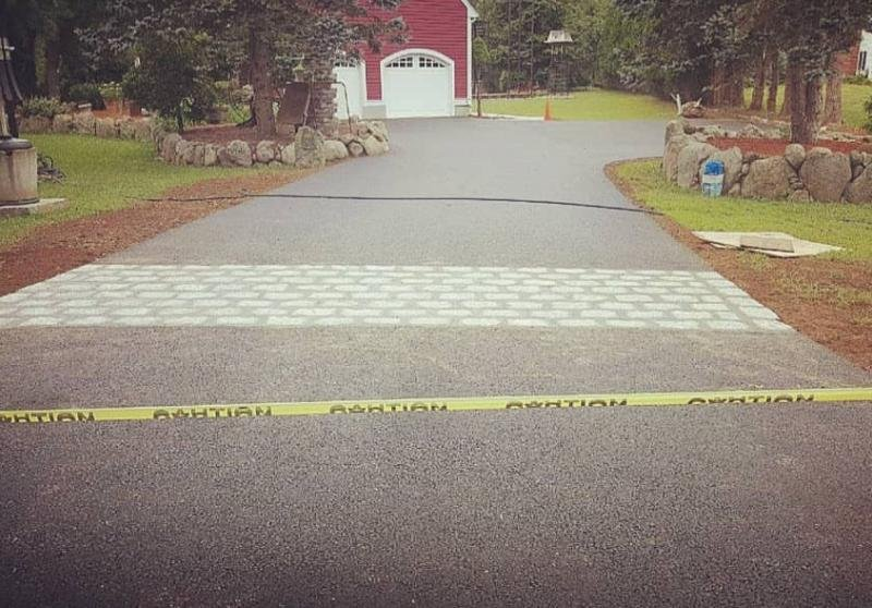 Improve Appearance & Functionality of your Home with Asphalt Paving Services