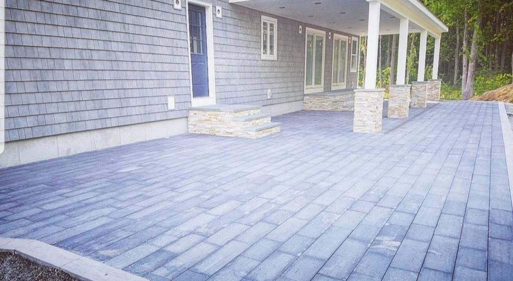 Get Perfect Outdoor Living Space in Rhode Island - J Perry Paving