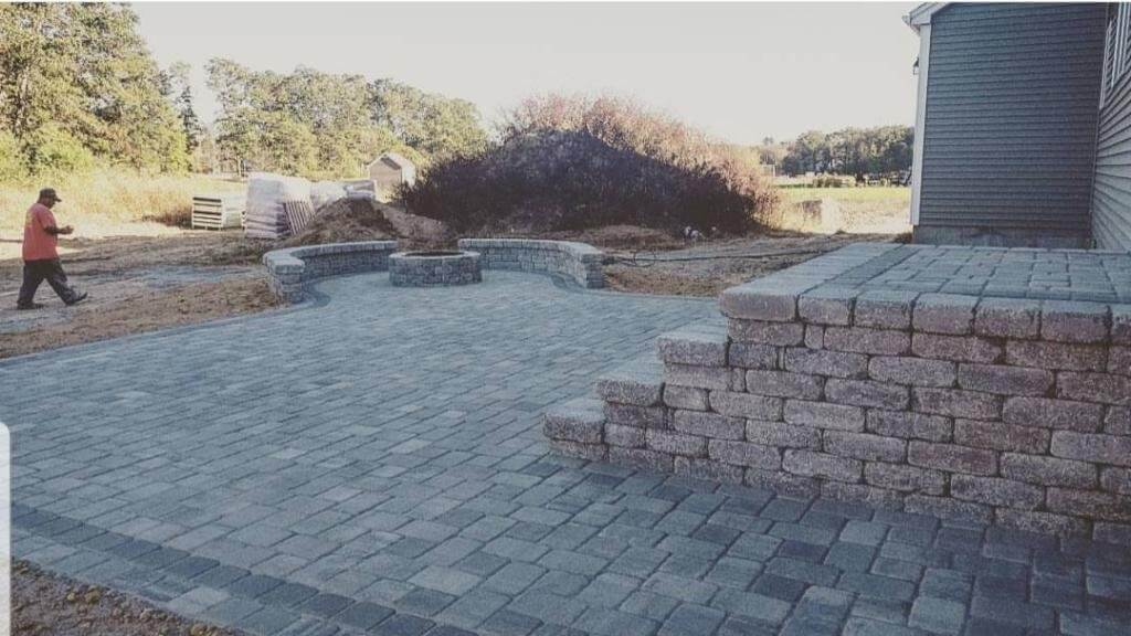 Get Ideal Space for Home Entertaining with J Perry Paving